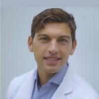 Dr Nia Dermatologist
