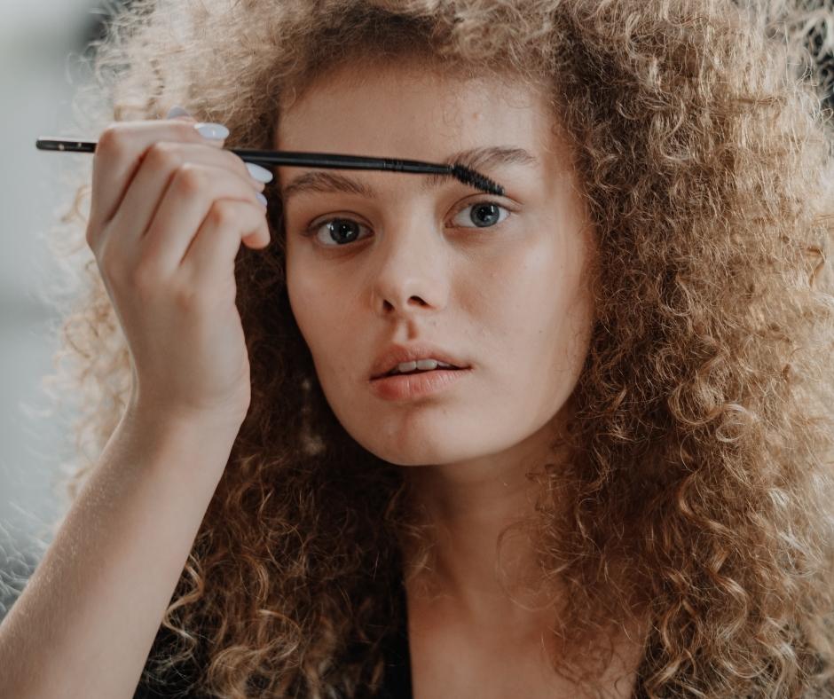 define eyebrows